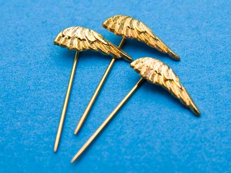 "STICK PIN: ""GOLDEN WING CLUB"""